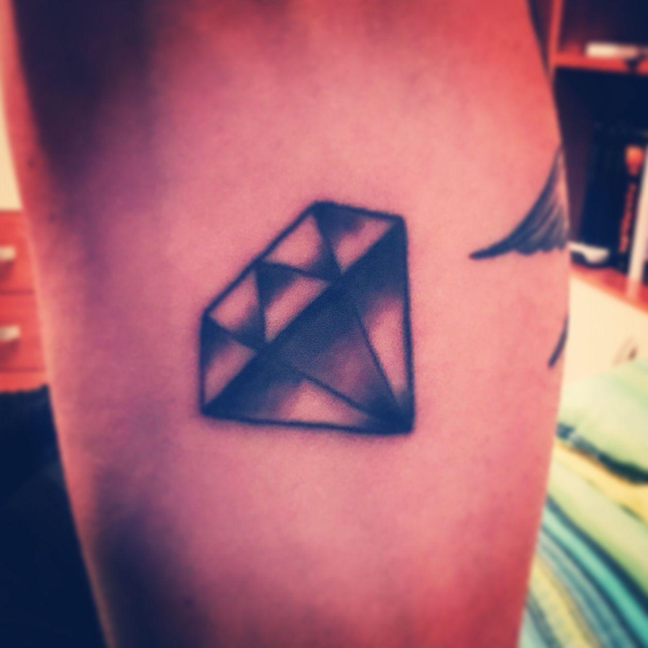 #SixInk #diamond #tatoo