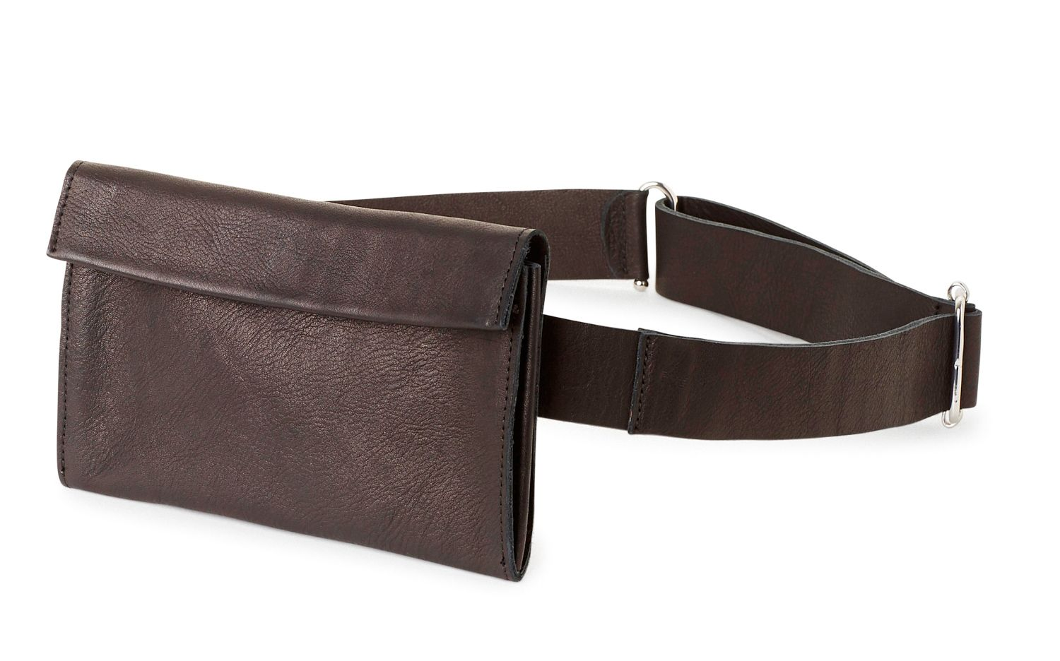 Fanny packs are back! And it s a feminist revolution! Here is why and also  9 best buys right now db9ecd4bd1319