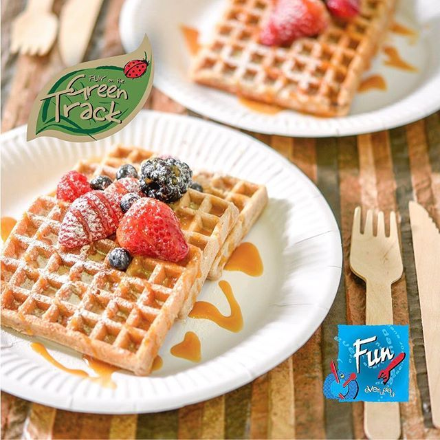 Getting a healthy start to the new week is a priority! 🥞 ❤️ What's your favorite breakfast? #FunTheBrand