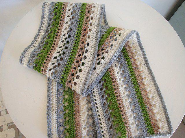 Patrón de bufanda a crochet con figura de hojas   Patrones de ...