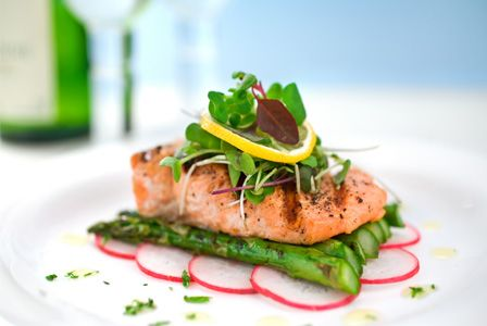 Gourmet meal small budget Food styling Asparagus and