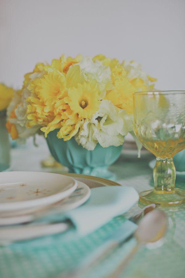 Mint And Lemon 1960 S Mod Wedding Tablescape Yellow Wedding Colorscolored