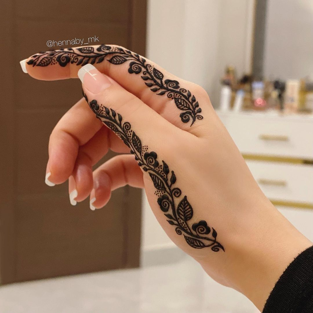 30 Stylish And Elegant Finger Mehndi Designs In 2021 Henna Designs Feet Mehndi Designs Feet Mehndi Designs For Fingers