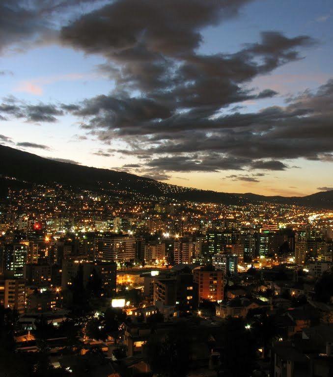 Mi hermosa ciudad, Quito!!