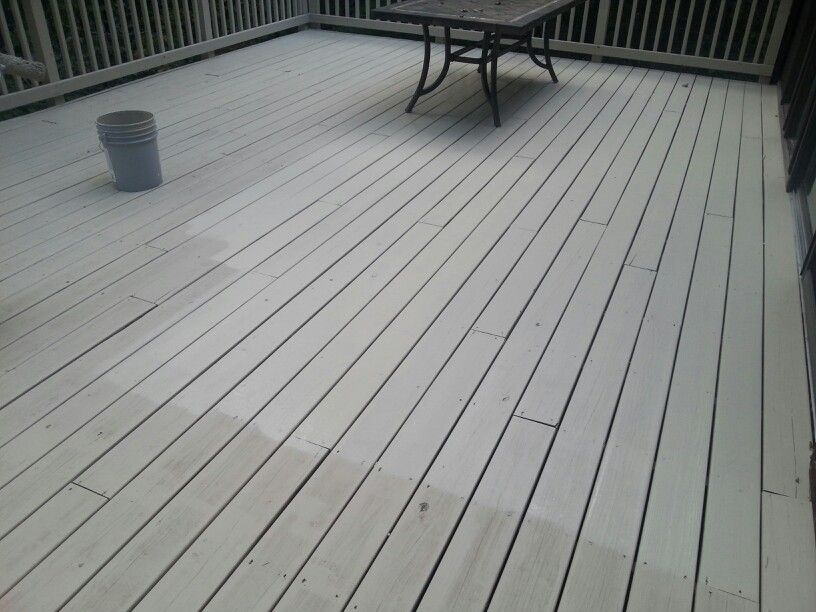 Sherwin Williams Swgopro Sw3004 Summerhouse Beige Solid Stain Make Sure Your Painter Puts On 2 Coats Everytime Br Staining Deck Deck Stain Colors Deck Paint
