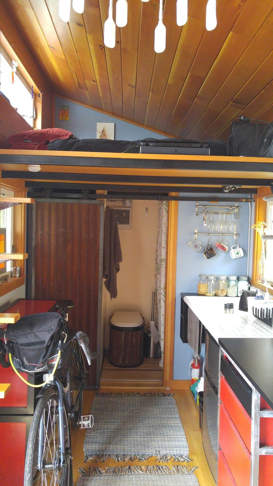 This Self Built Tiny House Is Approximately 100 Square Feet On The Main Floor And 50 Square Feet In The Lof Tiny House Living Small Tiny House Tiny House Cabin