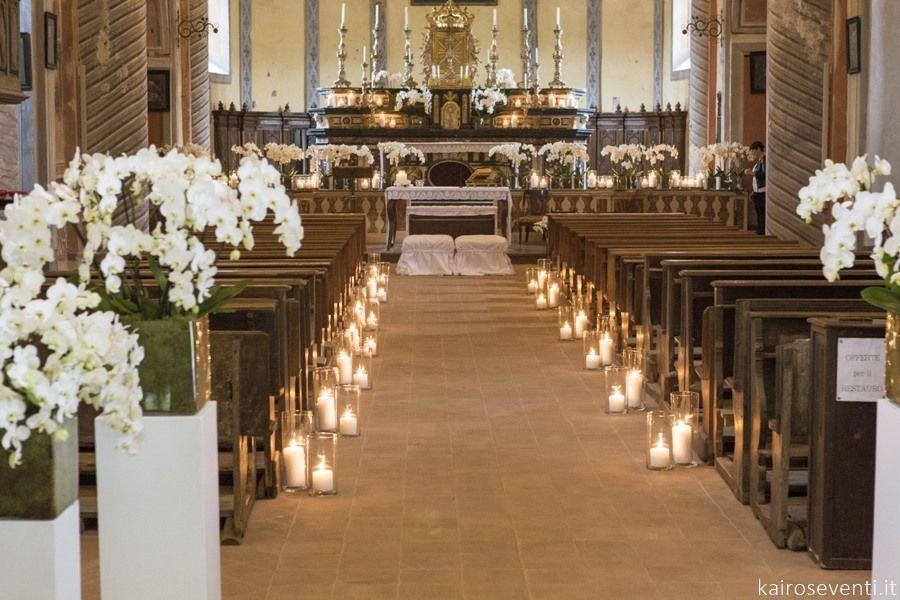 Allestimento Di Orchidee E Luci In Chiesa Wedding Designer Planner Mon Decorazioni Navata Matrimonio Fiori Per La Chiesa Da Matrimonio Decorazioni Di Nozze