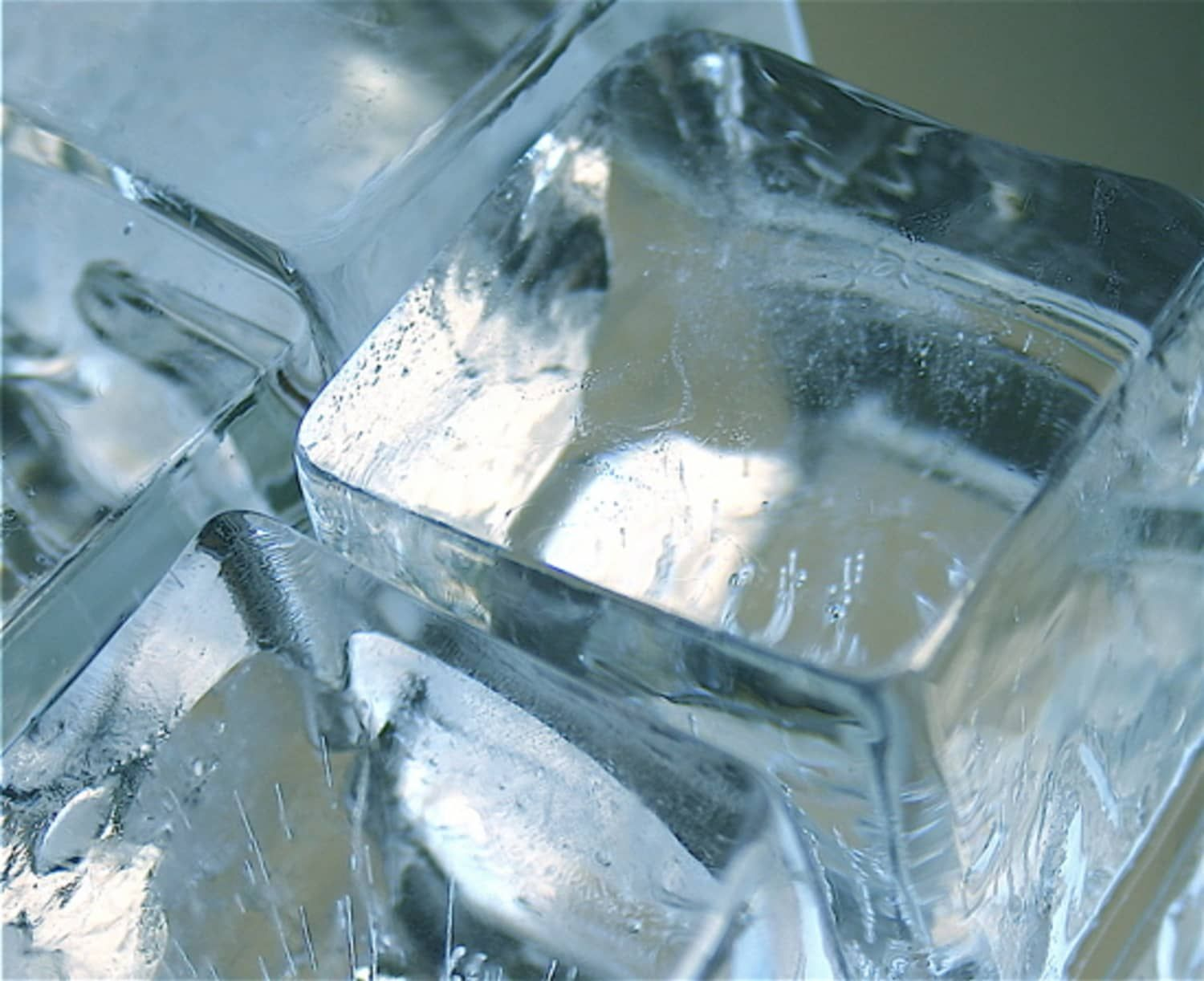 Why Does Water Freeze Into Cloudy Ice Cubes In My Freezer Ice Cube Ice Blocks Cube