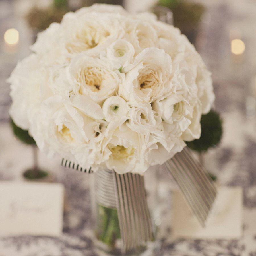rosas blancas <3