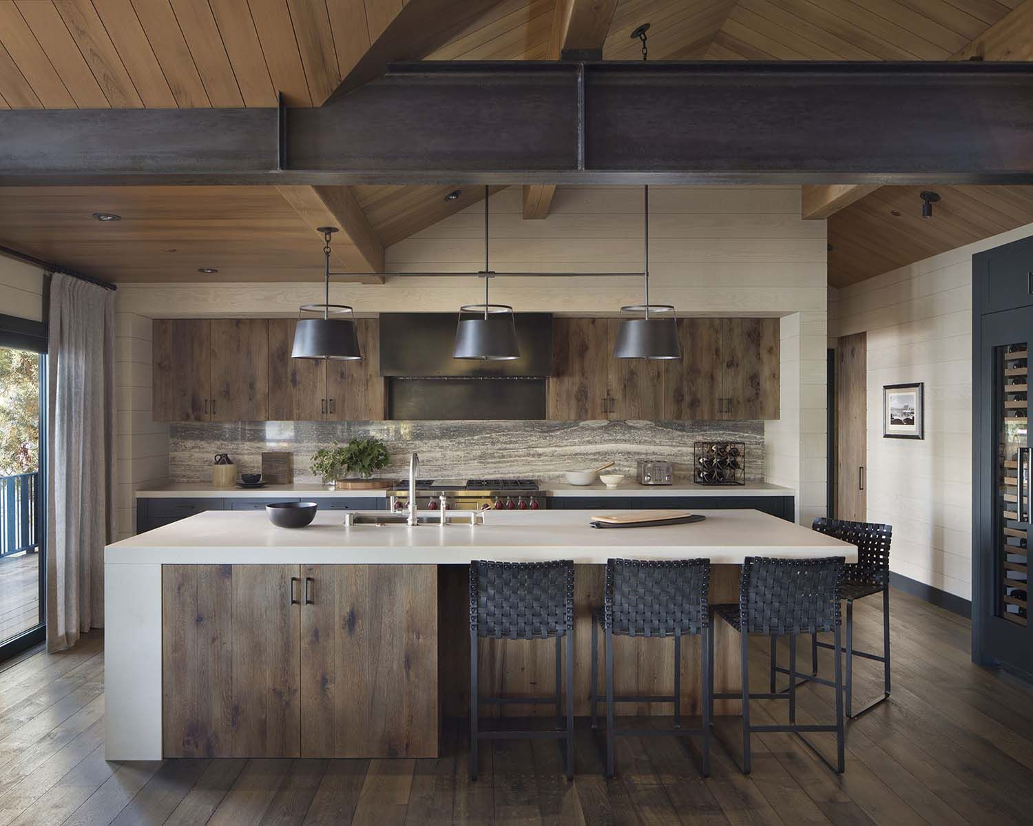 Rustic lake house retreat inspired by gorgeous Lake Tahoe ...