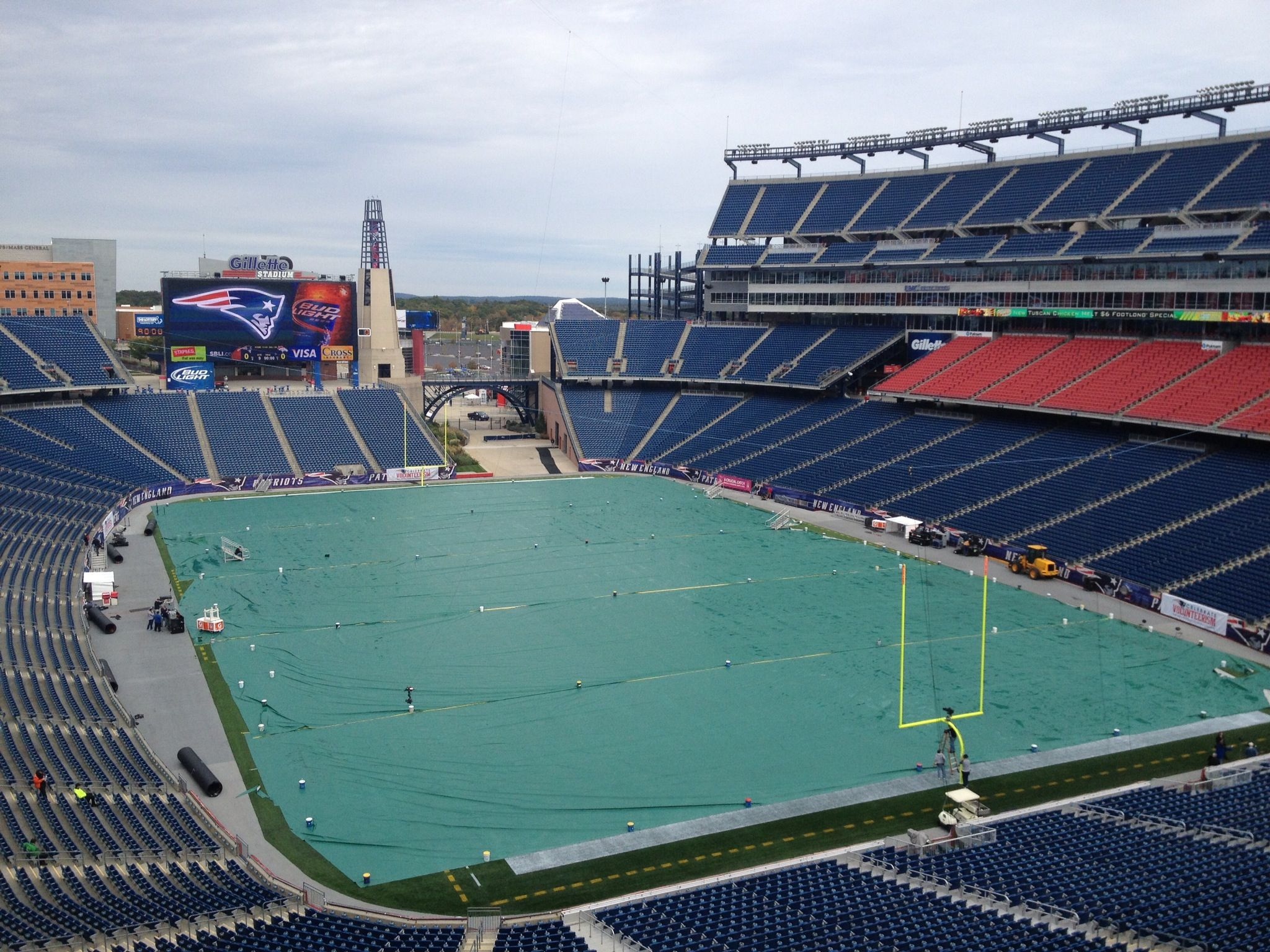 Gillette Stadium With Tarp Covering The Field Before The Patriots Won Out And Beat The Broncos Sunday Gillette Stadium Stadium Tennis Court