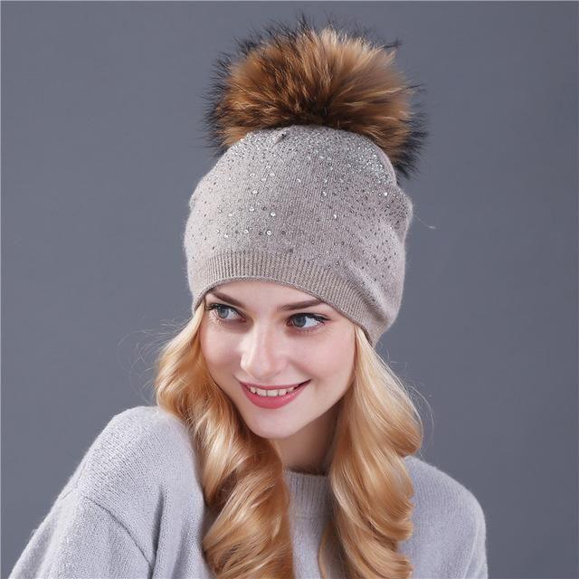 c699bc7864e Item  Rhinestone Pom Pom Beanies Gender  Women Department Name  Adult  Material  Fur