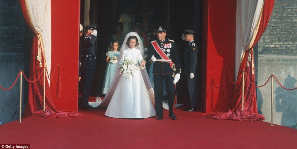 Loveliest royal wedding gowns since 1923 remembered | Royals ...