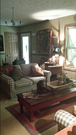 Living Room Family Rustic Farmhouse Primitive Cottage