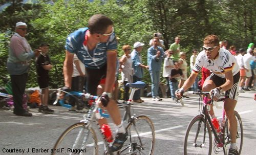 The Look In 2001 Tour He Looks Back At Jan Ullrich At The Foot