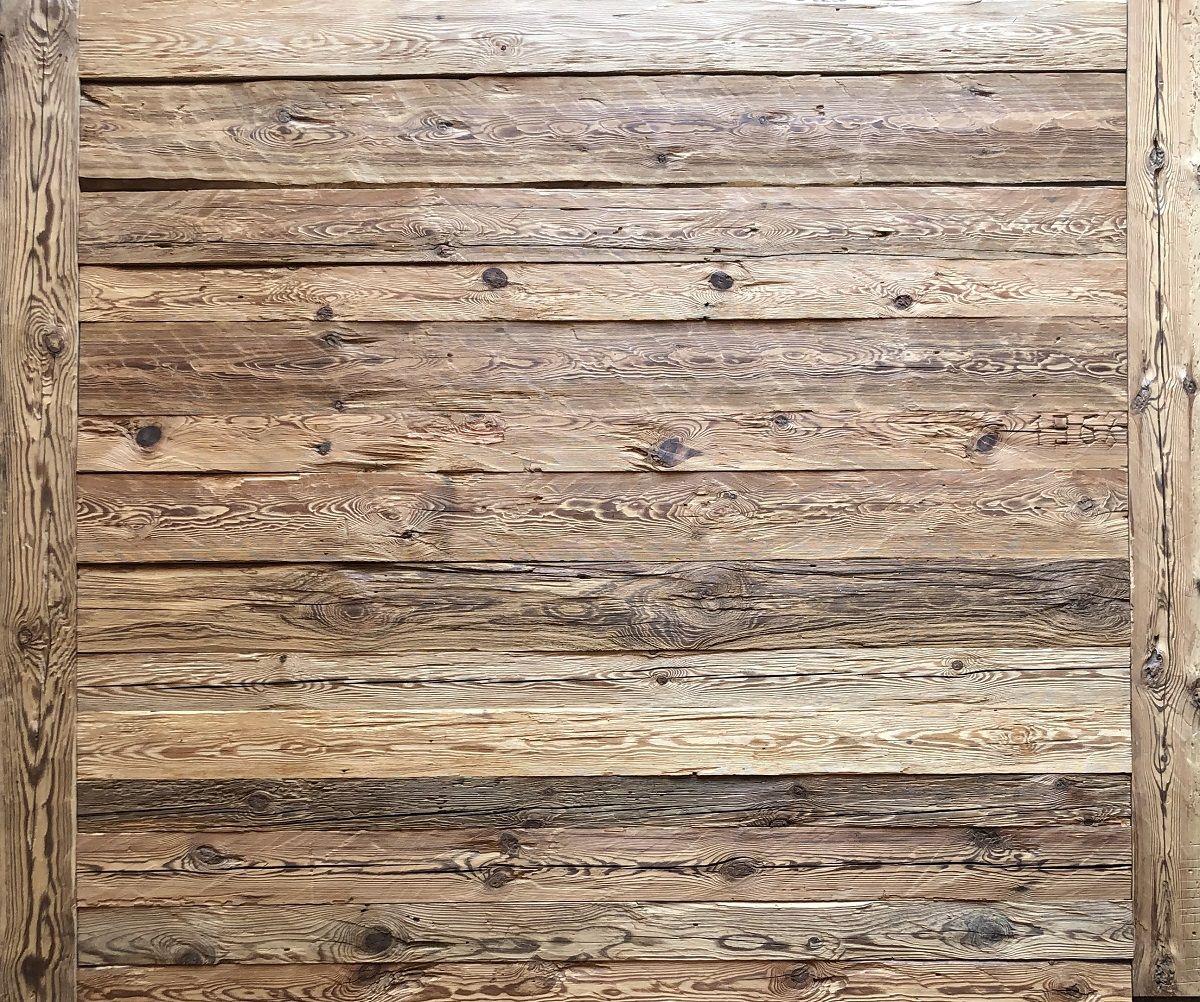 Rustikale Wandverkleidung Handgehackte Altholz Bretter Vintage Holz In 2020 Altholz Wandverkleidung Wandverkleidung Altholz