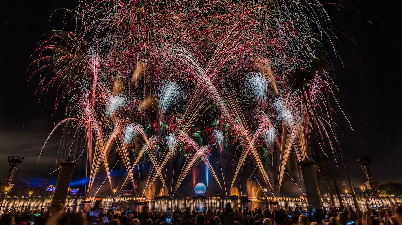 Epcot IllumiNations New Year's Eve Fireworks