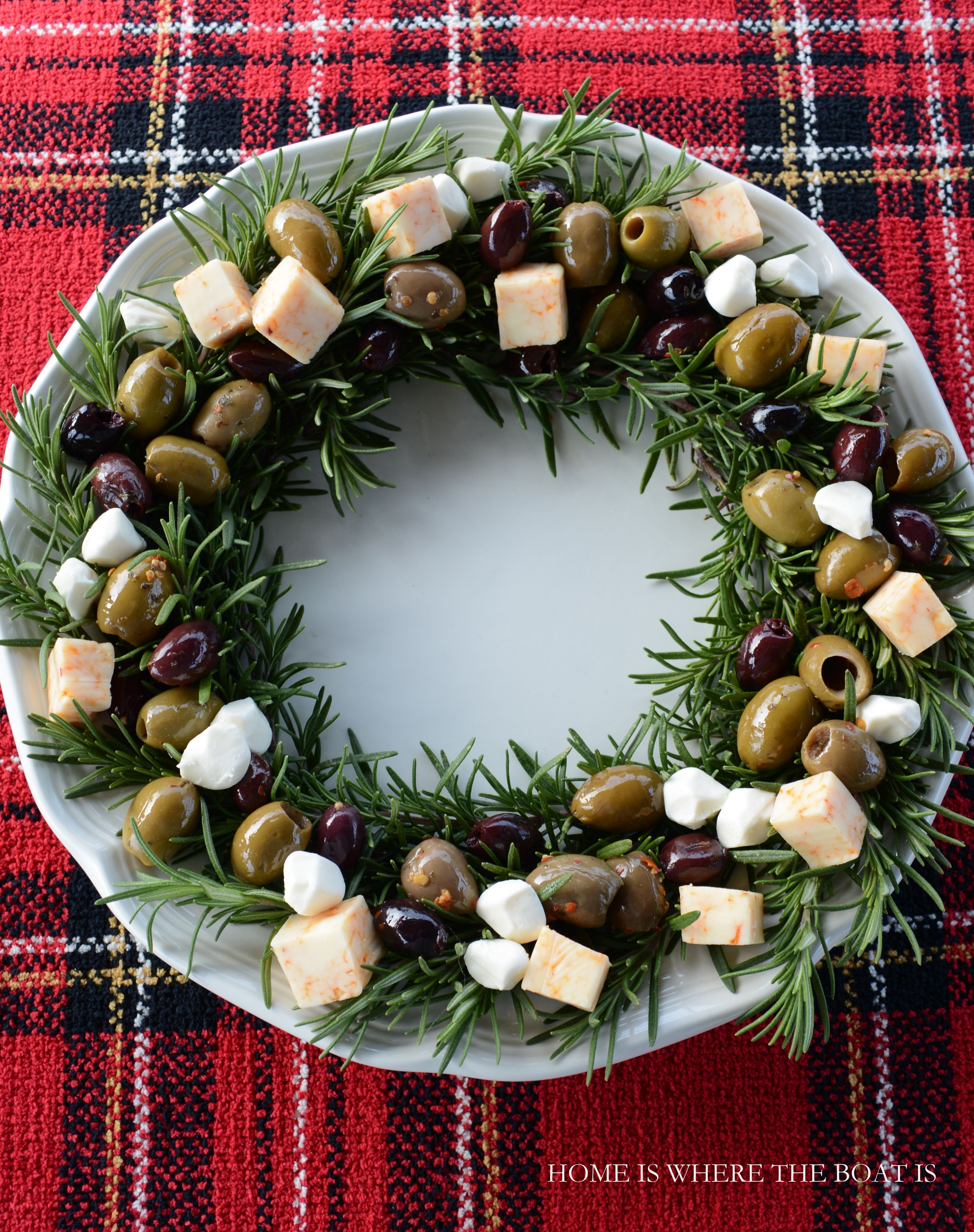 How To Throw An Adult Christmas Party - CandyDirect.com | Cheese ...