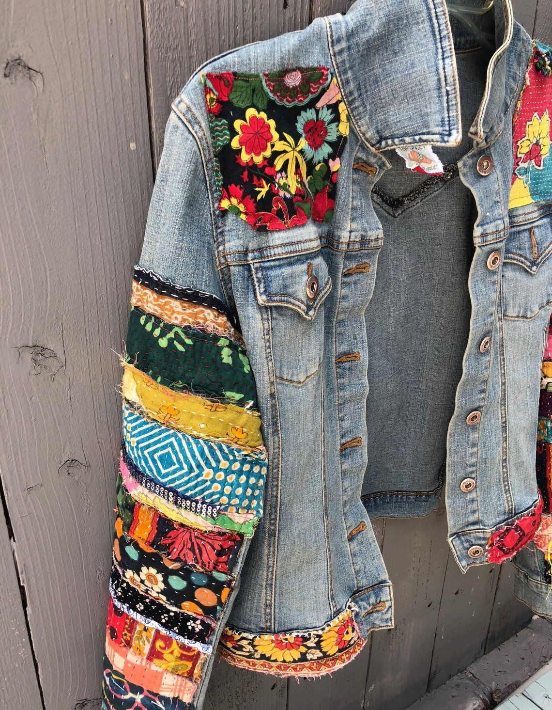 Jean Jacket Made To Order Hippie Boho Embellished Colorful Denim Jean Jacket Costumizar Jaqueta Jeans Roupas Bordadas Customizar Roupas [ 1465 x 1140 Pixel ]
