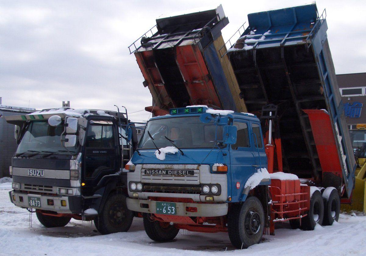 士郎㌠ on Twitter | Nissan diesel, Nissan trucks, Old trucks