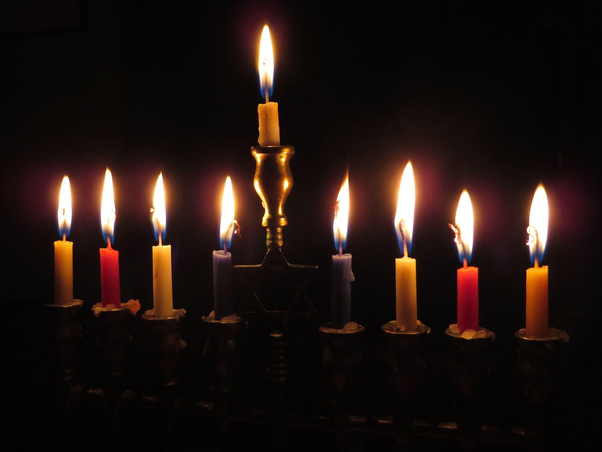Chag Urim Sameach A Hanukkah Music Playlist Hanukkah