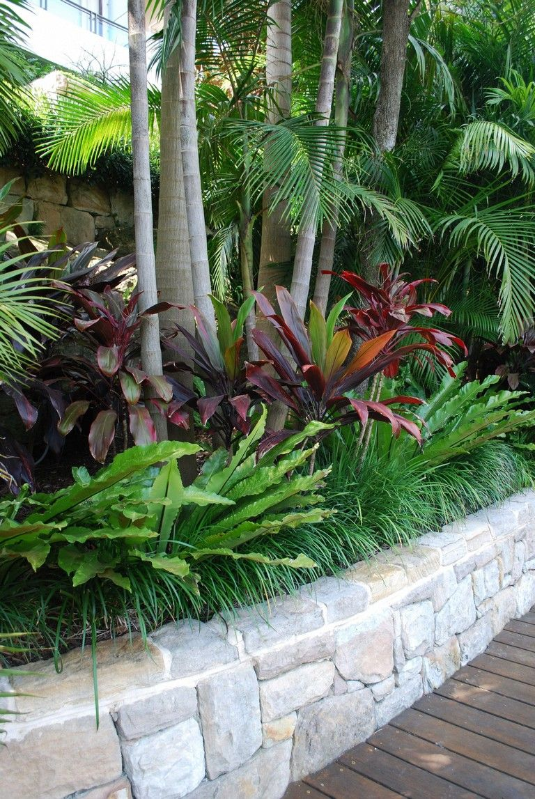 33 Exciting Front Yard Landscaping Ideas With Low Maintenance Tropical Landscaping Tropical Pool Landscaping Tropical Garden Design
