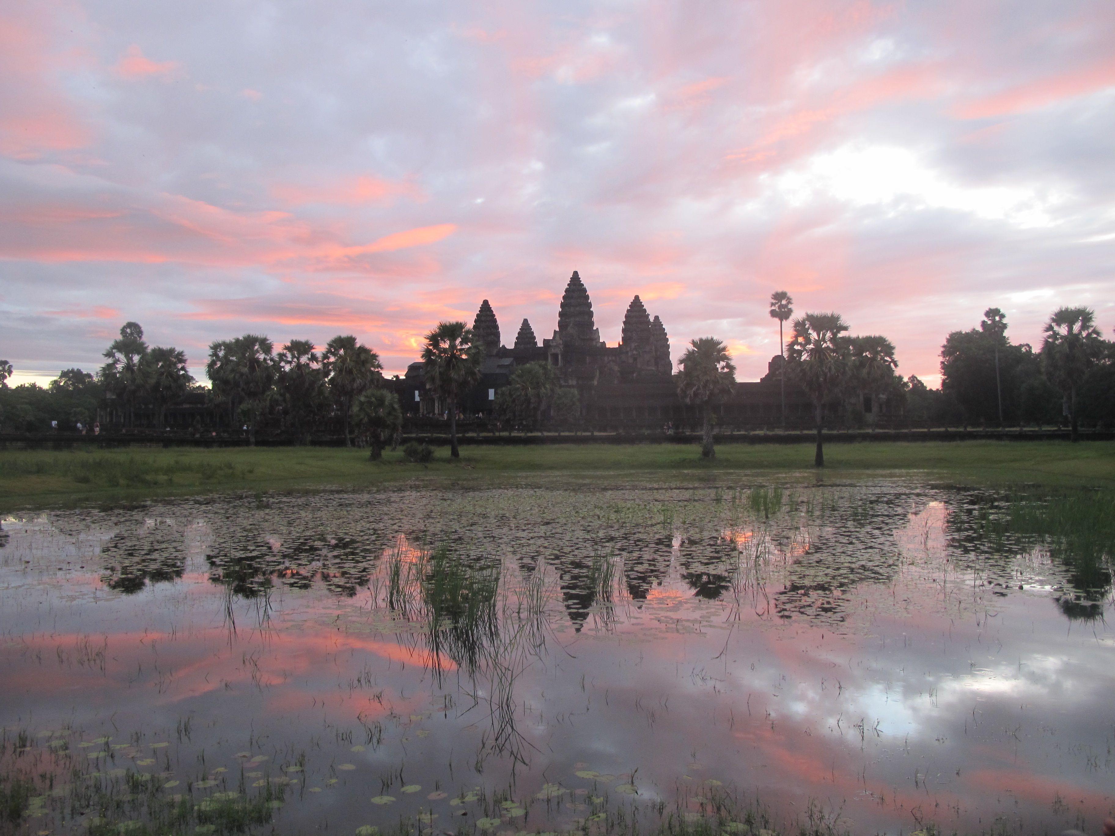 Cambodia 5am sunrise, Angkor Wat