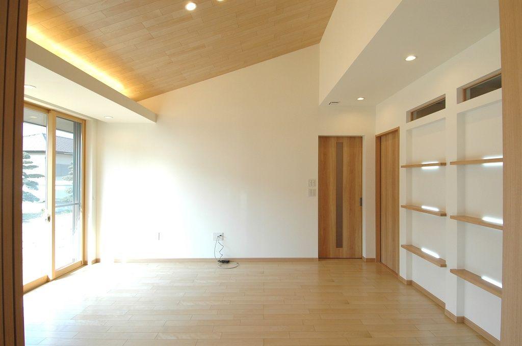 間接照明 勾配天井 の画像検索結果 間接照明 家 ハウス