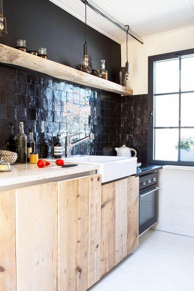 peinture cuisine moderne 10 couleurs tendance pinterest peinture noire bois naturel et. Black Bedroom Furniture Sets. Home Design Ideas