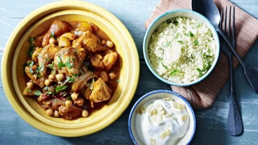 Easy chicken tagine recipe dinner table crowd and easy easy chicken tagine forumfinder Gallery