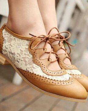 Lace oxford shoes