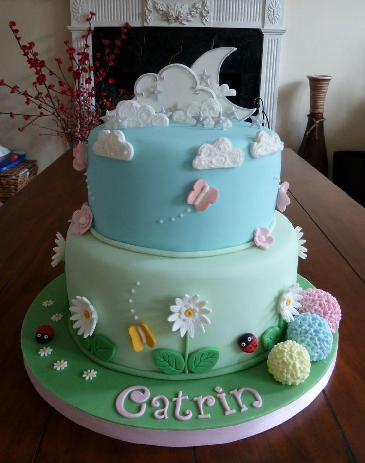 Kinder Geburtstagstorten Garten Thema Blumen Wolken Mond