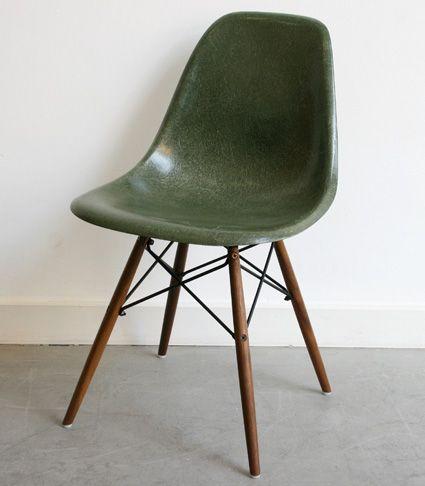 Eames fiberglass side chair forest green on walnut dowel ...