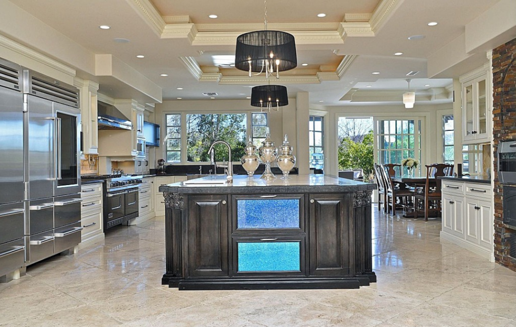 Large Kitchen With Big Island Bench In 2019 Luxury Home