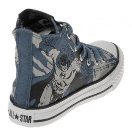 9a8741b80fcd The Converse Chuck Taylor Youth BATMAN Print Hi Top features a stylish  black canvas upper with Batman print