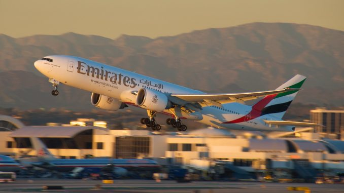 Emirates Boeing 777200LR Emirates airline, Mexico city