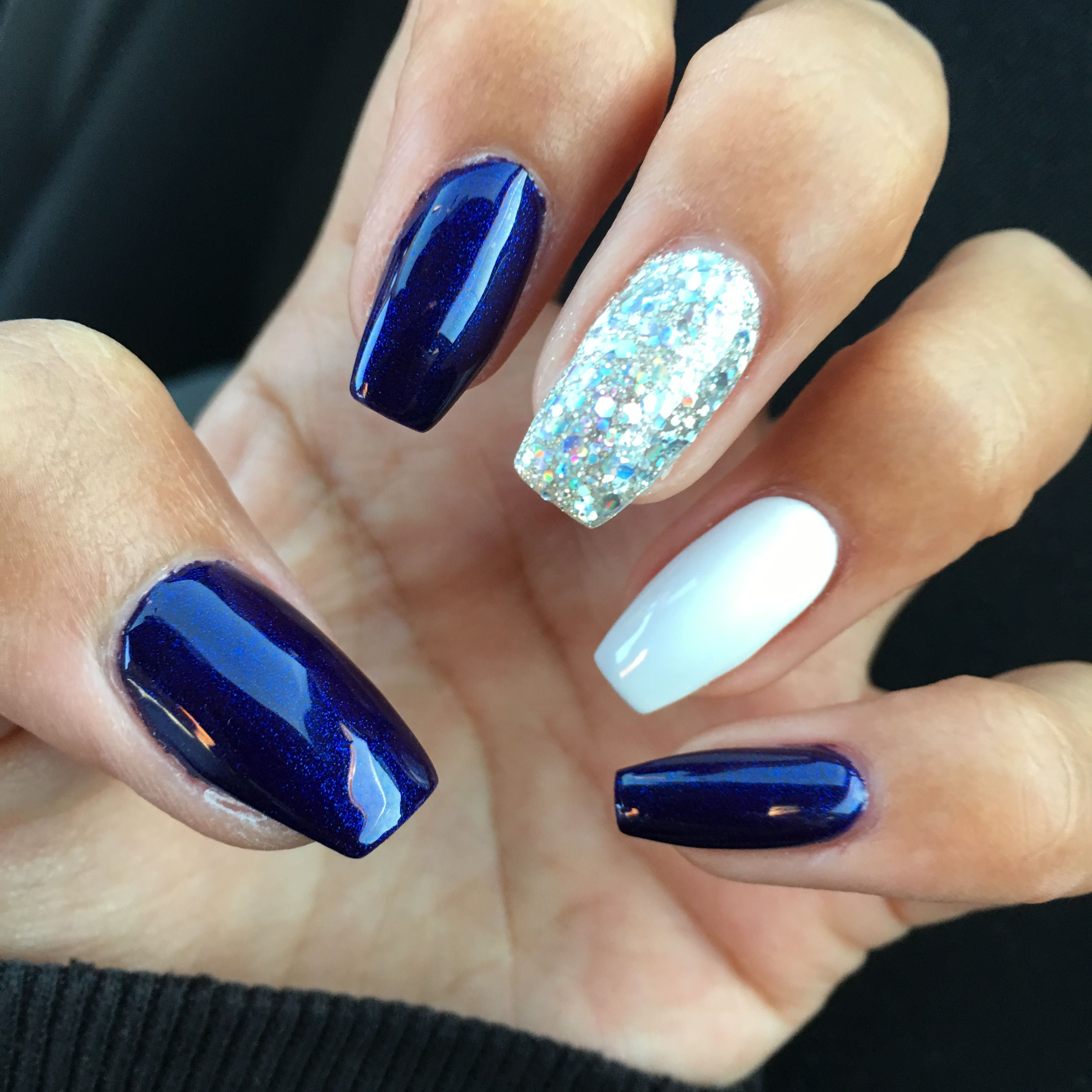Short acrylic coffin nails (With images)   Coffin shape ...