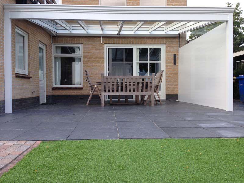 Profiline veranda geplaatst in genemuiden met glazen dak en een klassieke gootsierlijst - Glazen dak dak glijdende ...