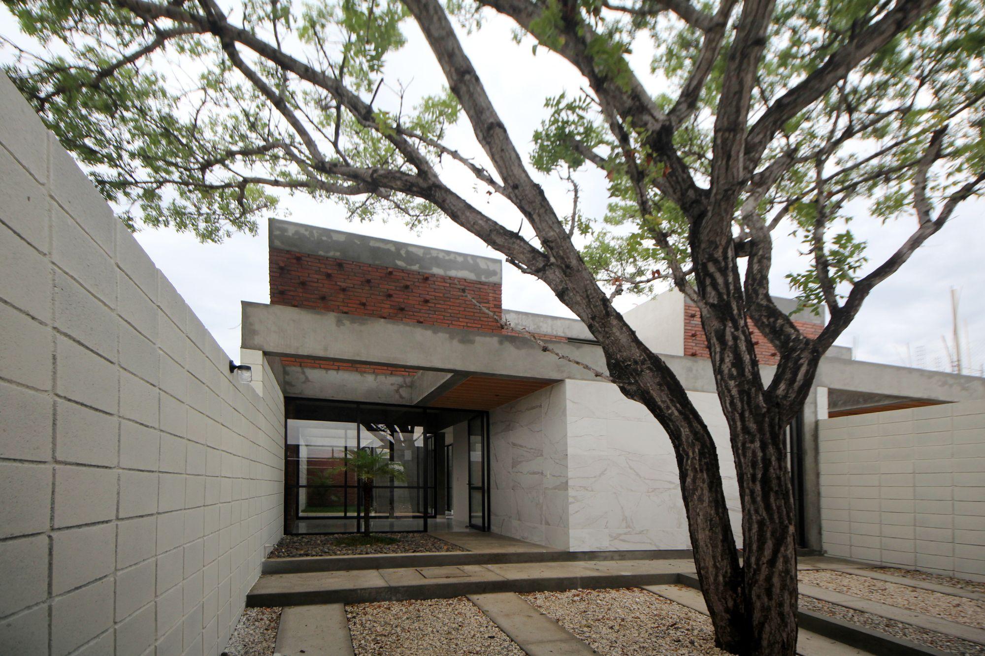 Casa Caoba Apaloosa Arquitectos Arquitectos Tuxtla Gutierrez  # Muebles Kaoba Santa Cruz De La Sierra