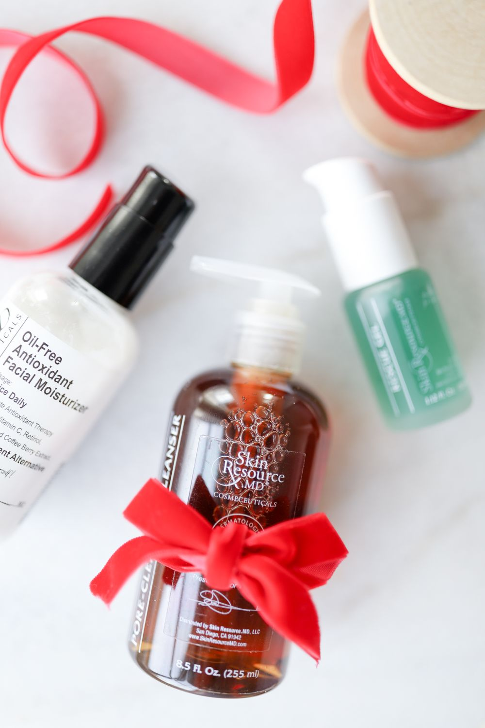 Skincare Holiday Gift Ideas (With images) Acne kits