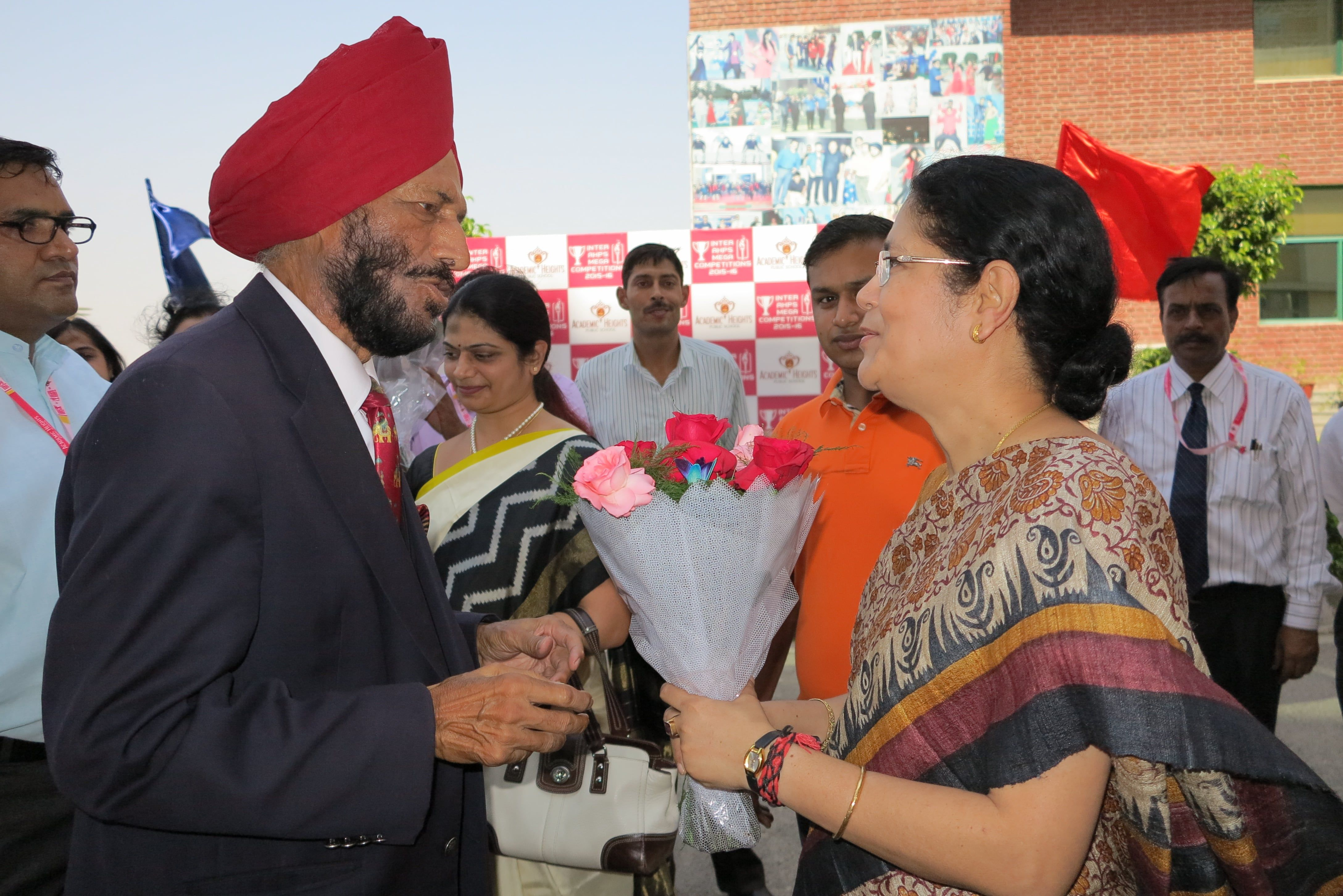 Milkha singh visited gateway campus and motivated students