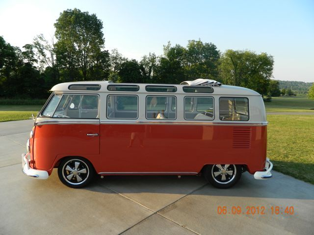 1966 vw 21 window microbus vw bus pinterest for 1966 21 window deluxe vw bus