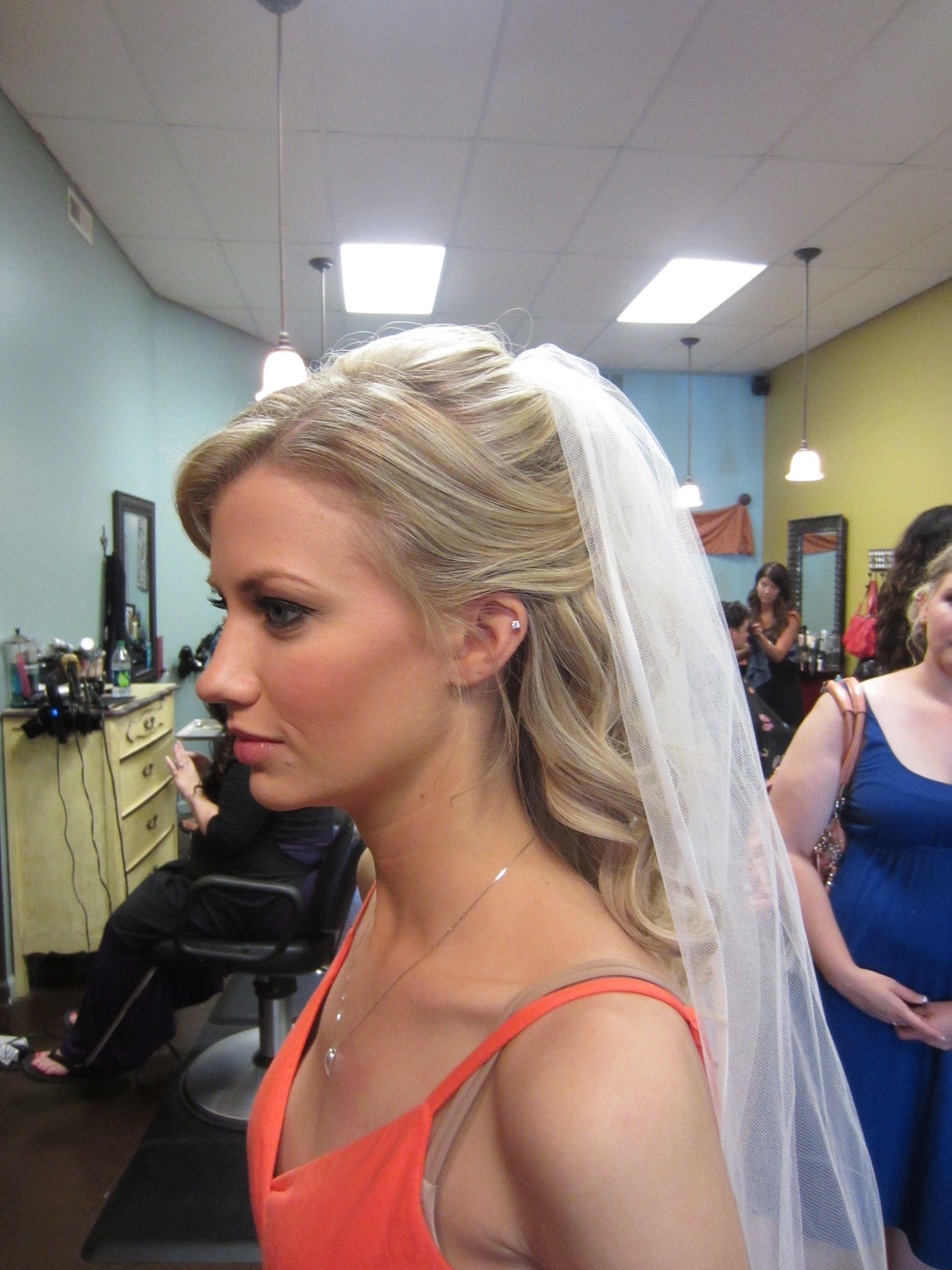 Romantic Wavy Curls For A Brideylist Ashley Whiteso Vain