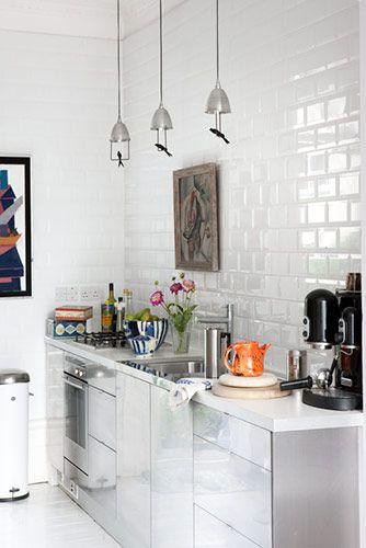 Azulejos blancos + metal Faserco Pinterest Cocinas, Azulejos