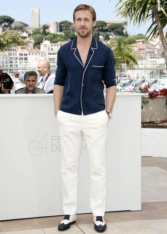 Ryan Gosling In Salvatore Ferragamo Pyjamas Shirt White Pants Brogues Looks Masculino Looks Masculino