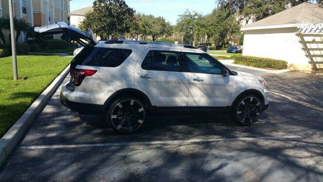My Ford Explorer 24 Rims Ford Explorer Dream Cars Explore