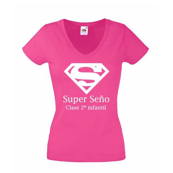 Desde bolsas y camisetas personalizadas con textos divertidos.Hasta joyas  de oro o plata grabadas con el nombre de todos los alumnos. 8555c4aa15c