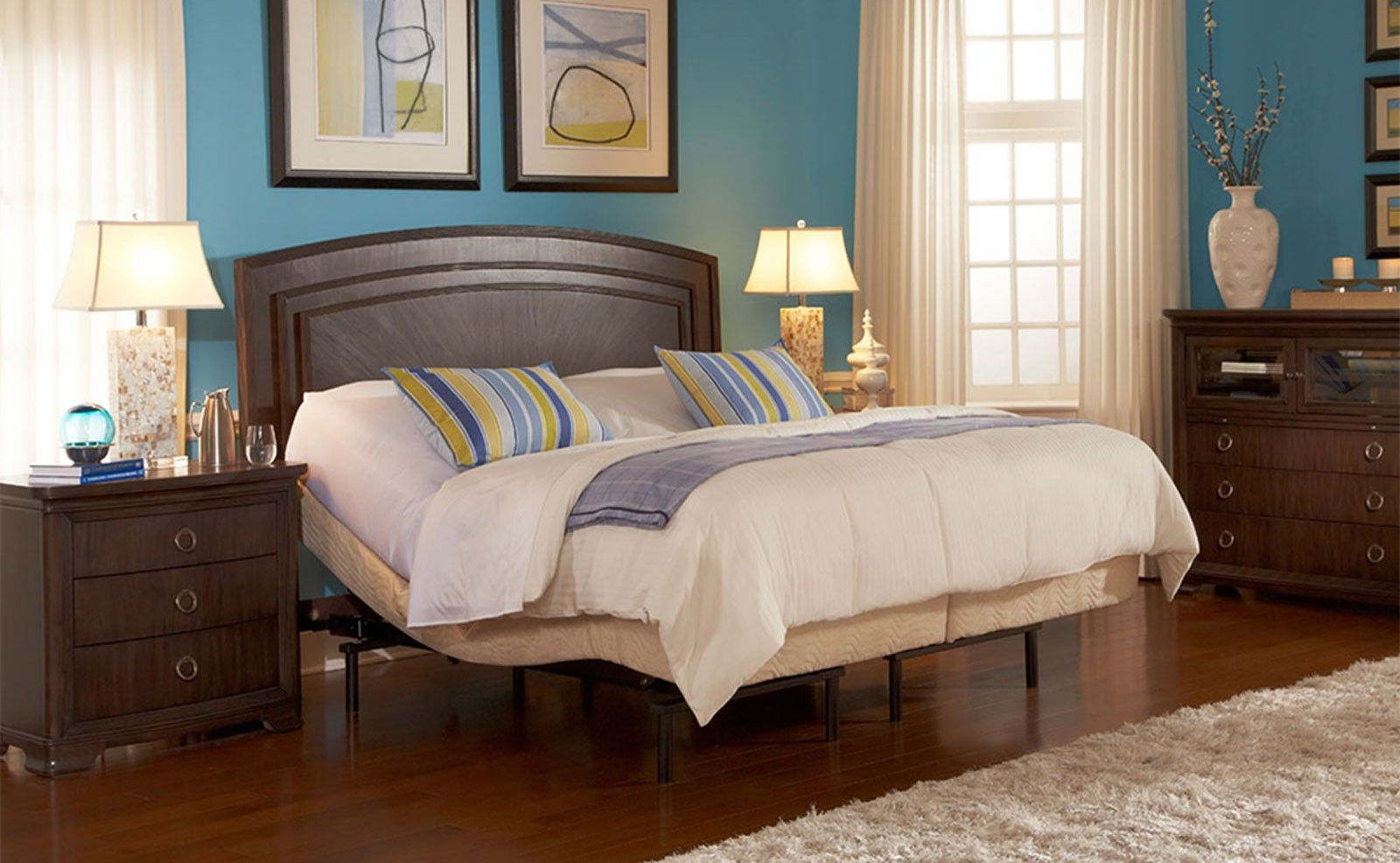 Bedroom Cute Ideas For Bedroom Decoration With Split King Adjustable Bed Frame Along With Curve Mahogany Wood Headboard And Blue Bedroom Wall Paint Simple   ...