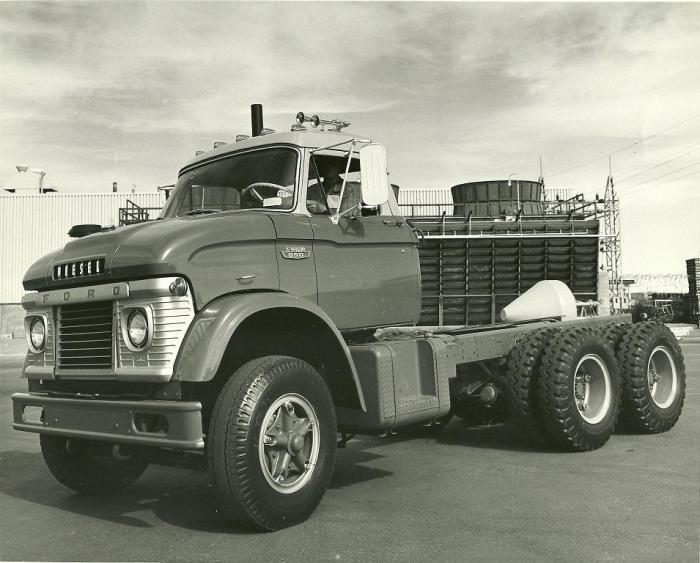 Ford N-series tandem chassis cab | Big ford trucks, Trucks, Ford trucks