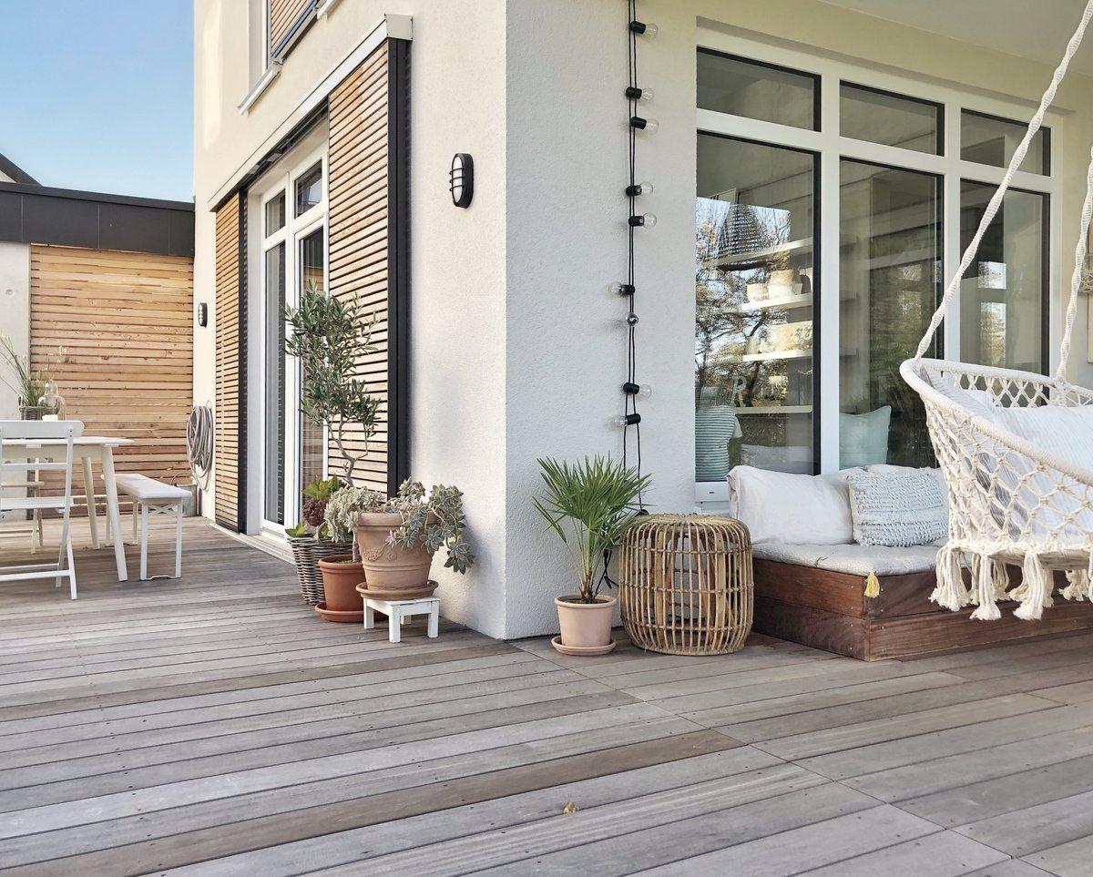 Unsere Terrasse im Herbstlicht🍁